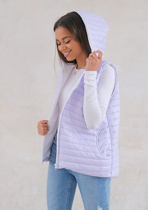 Quilted sleeveless lila jacket