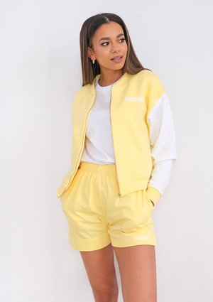 Shorts Sour Yellow