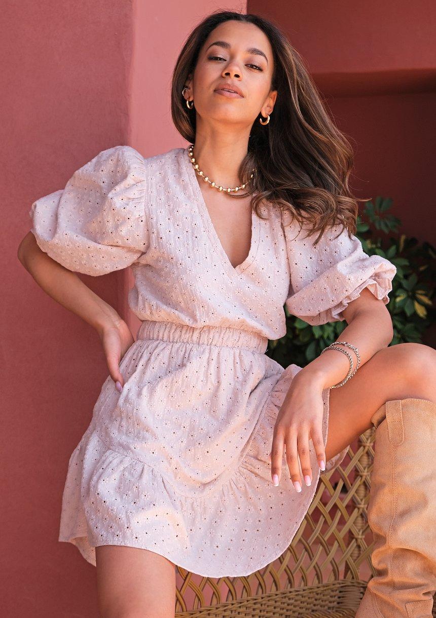 Puffed sleeved boho beige dress