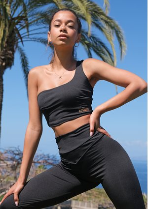 Asymetryczny top Sensual Black ILM