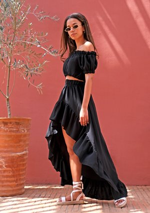Maxi black skirt with a frill