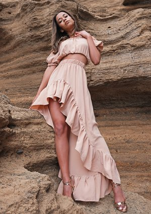 Maxi beige skirt with a frill