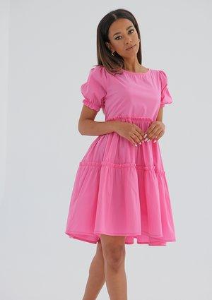 Sukienka z przeszyciami Różowa