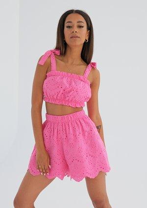 Openwork pink shorts