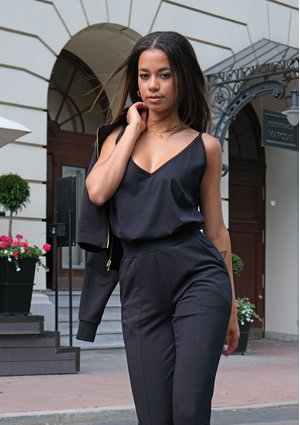 Bawełniany top na ramiączkach czarny ILM