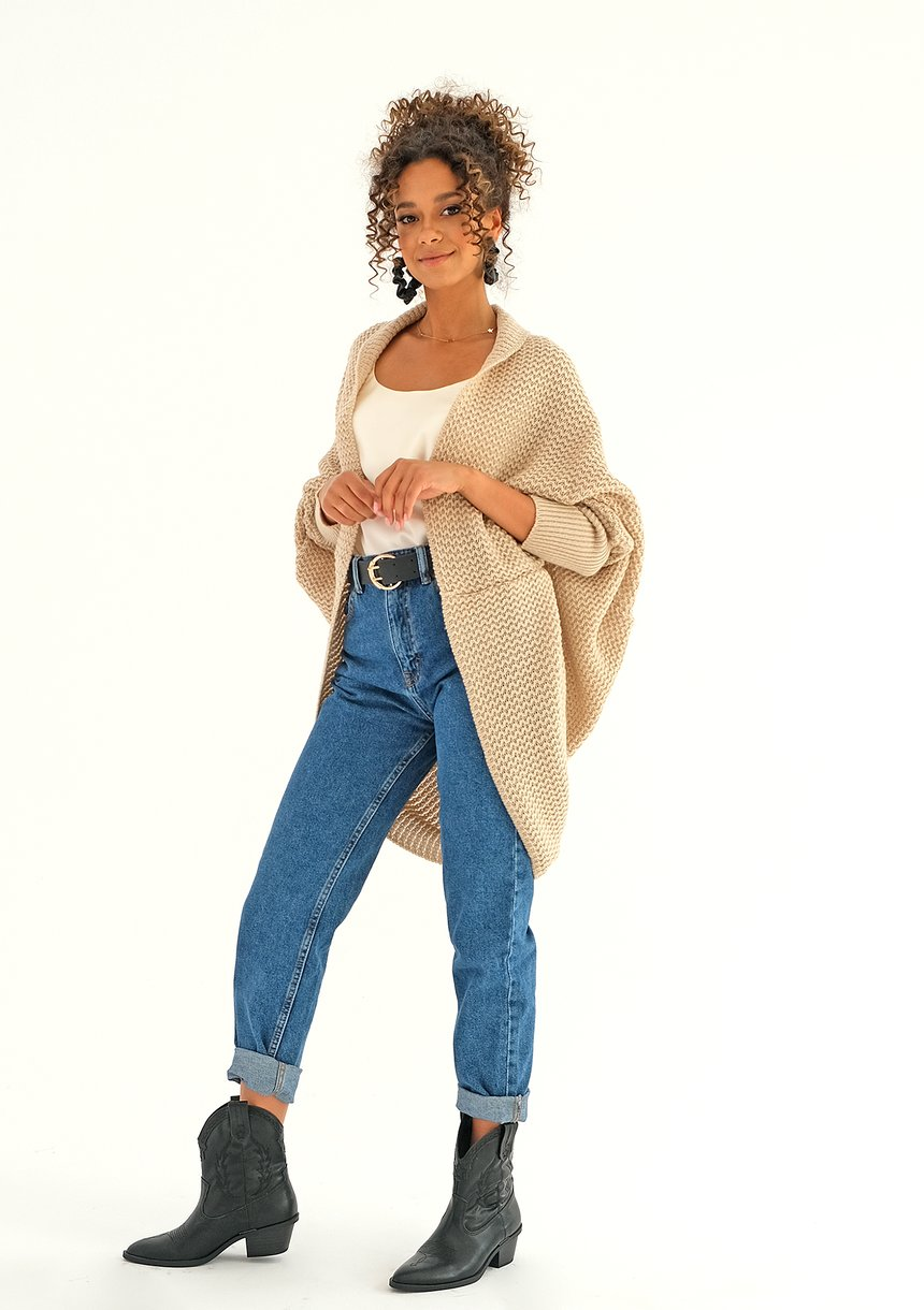 SWETER NARZUTKA OVERSIZE ILM A01 BEŻOWY