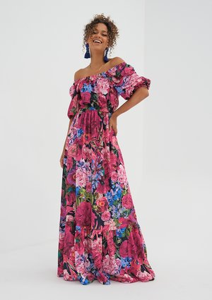 Maxi dress with pink flowers print