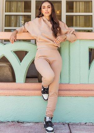 Dresowe spodnie damskie Warm Taupe ILM