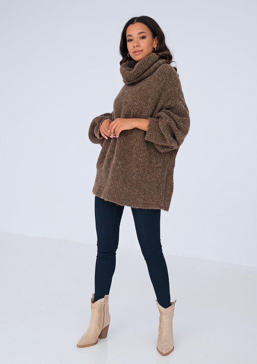 Sweter z golfem oversize BRĄZOWY ILM