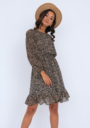 Leopard printed dress with a frill