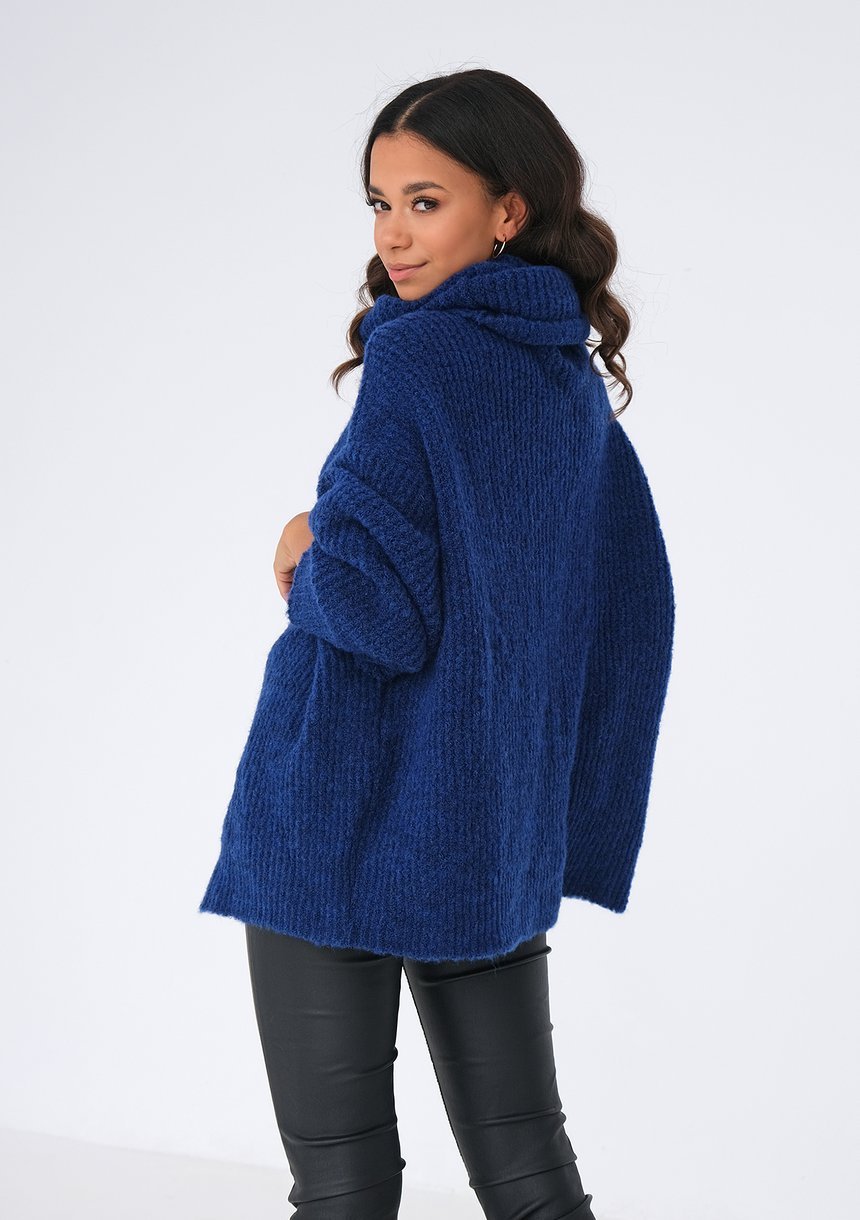Sweter z golfem oversize KOBALTOWY ILM