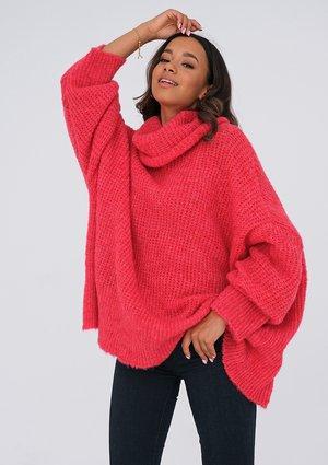 Raspberry red turtleneck sweater ILM