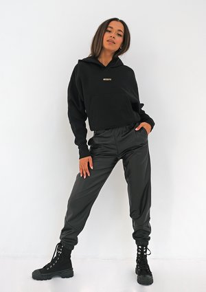 Spodnie joggery z eko skóry Czarne