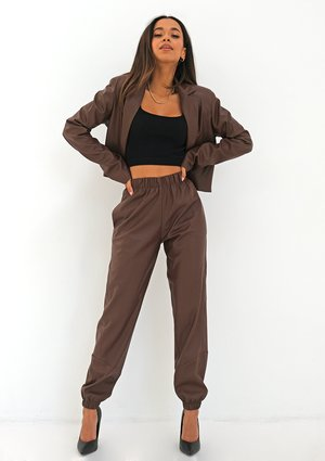 Spodnie joggery z eko skóry Brązowe