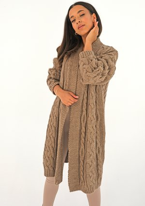 Long plaited cacao brown cardigan