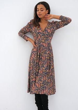 Kopertowa sukienka z dzianiny soft Paisley